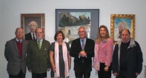 Dª Concepción Conde junto a Ignacio Moreno (Presidente del Ateneo) y varios ateneístas